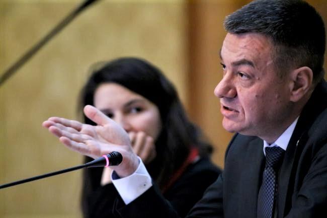 Trădare în PNL! Un deputat și ministru, împotriva lui Orban și Iohannis