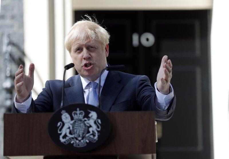 Londra amenință Bruxellesul: Ciocul mic sau ieșim fără acord!