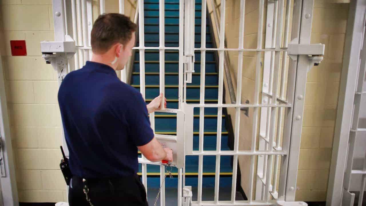 Înjunghieri, bătăi și spitalizări. Închisoarea din România mai tare ca Prison Break