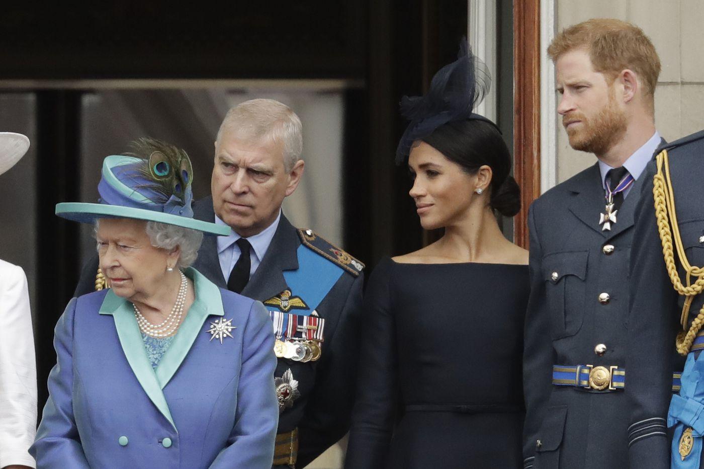 Meghan o sfidează pe Regină! Actrița târăște Casa Regală Britanică într-un scandal