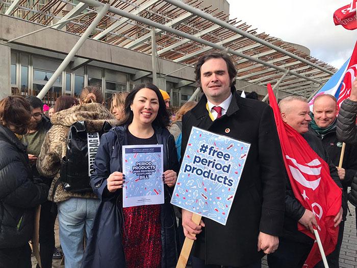 """O victorie a Progresismului: Scoția a """"normalizat menstruația"""""""
