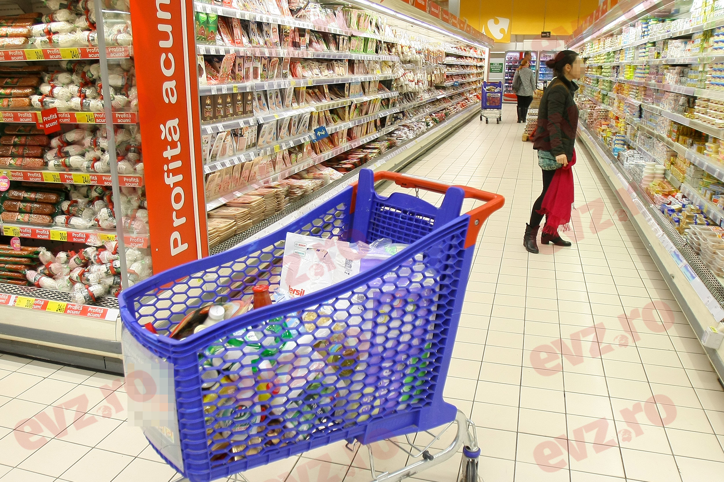 Alertă alimentară. Un produs iubit de mulți români, retras dintr-un hipermarket