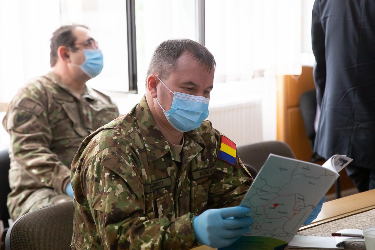 Armata preia inițiativa împotriva COVID-19. Ministrul Ciucă a semnat ordinul