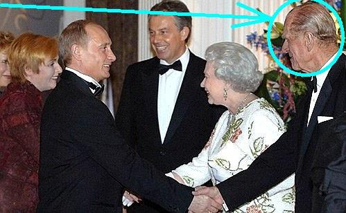 Regina îl are lângă ea pe asasinul Prinţesei Diana! Confirmare-bombă în serviciile secrete