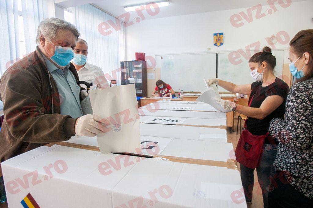 Zegrean: Data alegerilor depinde acum de decizia președintelui Iohannis