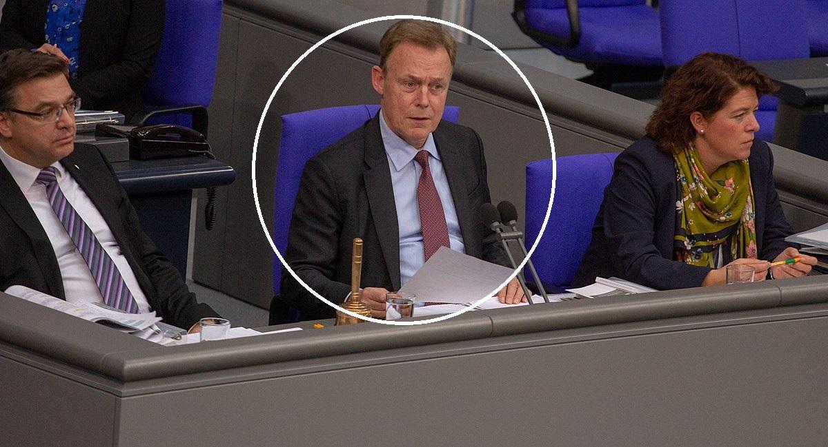 News Alert. A murit un nume greu din Partidul Social Democrat! Era în direct la TV