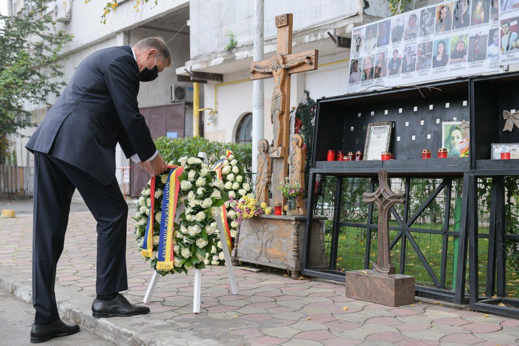 Decizia lui Klaus Iohannis este așteptată de supraviețuitorii de la Colectiv. Ce face președintele azi