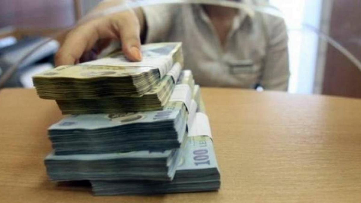 """Mai mulți bani pentru angajați! Ministrul Muncii aruncă """"bomba financiară"""""""